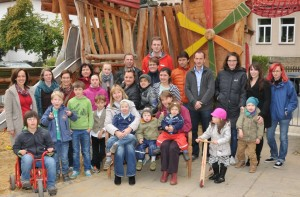Teilnehmer des Seminars von Dipl.-Psych. Anna-Maria Steyer für Eltern von Kindern mit Down-Syndrom in Weimar 2014: Innere Stärke durch Ruhe im Geist